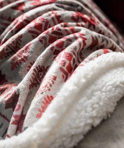 Χριστουγεννιάτικη Κουβέρτα Καναπέ με γουνάκι 854 της GOFIS (130x170)