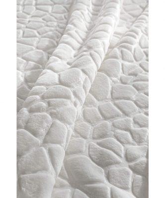 Βελουτέ Κουβέρτα Υπέρδιπλη MADISON της Guy Laroche (220x240) NATURAL