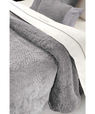 Γούνινη Κουβέρτα Υπέρδιπλη CRUSTY της Guy Laroche (220x240) SILVER